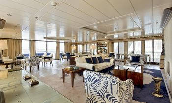 M/Y 'Force Blue' Still Available for Charter