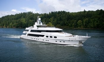 M/Y 'Casino Royale' Open for New Year Charter