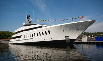 Yacht Charterer Builds Feadship HALO after Experience