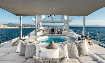 Extend Your Summer On Board M/Y DESTINY