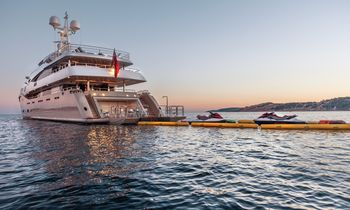 M/Y 'Light Holic' Open For Charter In France This June