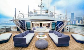 Escape to Summer Hotspots for Less With M/Y SALUZI