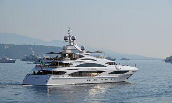 New Benetti Yacht renamed 'Illusion V'
