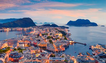 Norway yacht charters available with M/Y 'Here Comes the Sun'