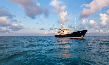 New Look M/Y PIONEER Heads to New England