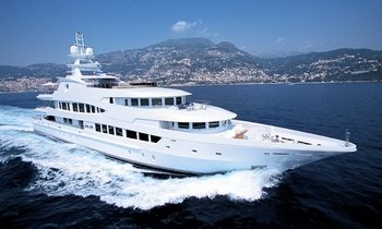 Reduced Summer Rates on LADY LOLA