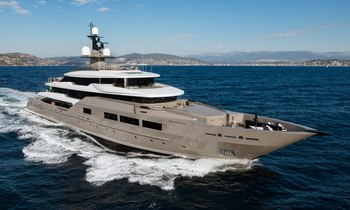Exclusive: New photos of 72m M/Y SOLO unveiled
