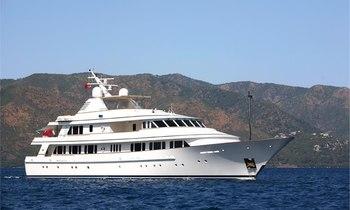 M/Y BROADWATER undergoes major refit in preparation to join charter fleet