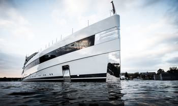 New 93m Feadship M/Y 'Lady S' launched over the weekend