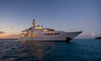 Superyacht OASIS Available for Valentine's Day Charter