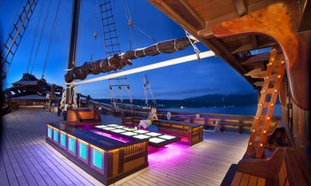 S/Y 'Dunia Baru' Recognised at Asia Boating Awards