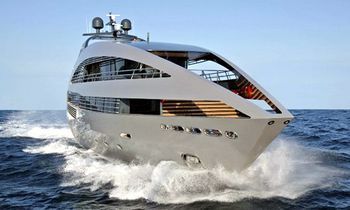 October deal: M/Y Ocean Emerald offers 15% off luxury yacht charters in Thailand.