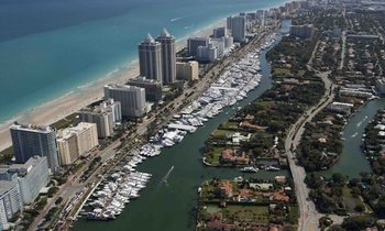 Yachts Attending the Miami Yacht Show