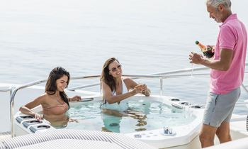South of France charter special aboard M/Y FLEUR