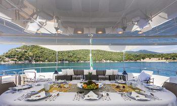 Luxury M/Y FERDY offers Italian Riviera charter special