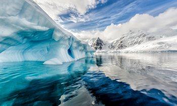 M/Y LEGEND Charters in Antarctica
