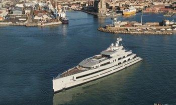 Brand new 107m superyacht LANA begins sea trials
