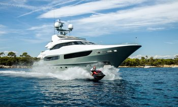 Refit M/Y LEGENDA available to charter for the first time ever