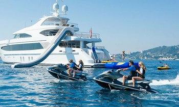 Save €19,000 on board M/Y AUSTRALIS