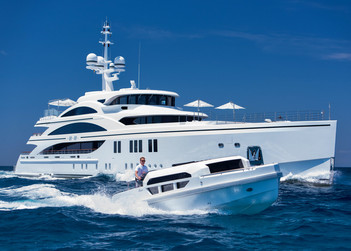 11/11 yacht for charter