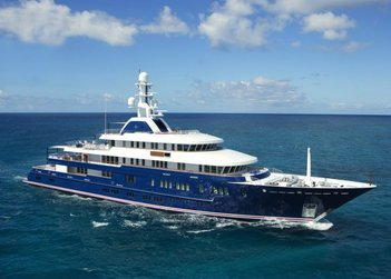 Huntress yacht charter in St Barts