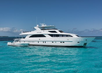 Limitless yacht charter in Bahamas