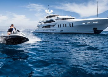 Liberty yacht charter in Florida