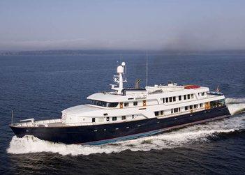 Stargazer yacht charter in British Columbia