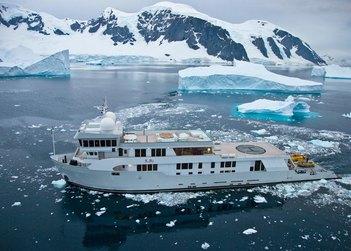 SuRi yacht charter in Antarctica