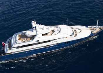 Sarah yacht charter in French Riviera
