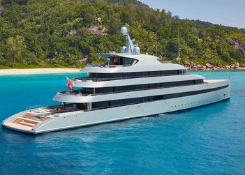 Savannah yacht charter in Capri