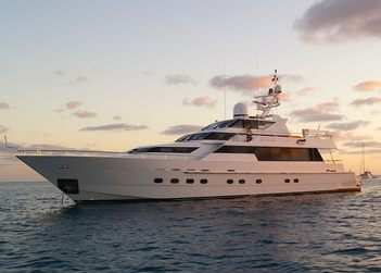 Oscar II  yacht charter in Whitsundays