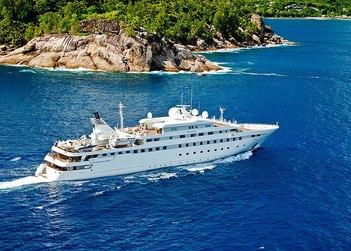 Lauren L yacht charter in Abu Dhabi