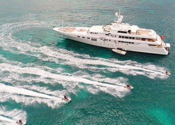 Apogee yacht charter in Cinque Terre