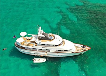 Secret Love yacht charter in Bermuda