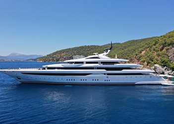 O'Pari yacht charter in Cyclades Islands