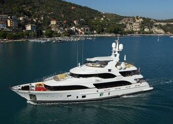 Latiko yacht charter in Cyclades Islands