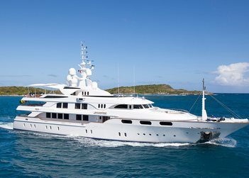 Starfire yacht charter in Malta