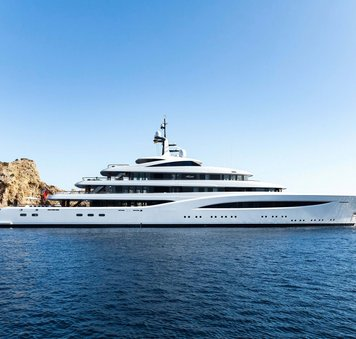 feadship luxury charter yacht faith