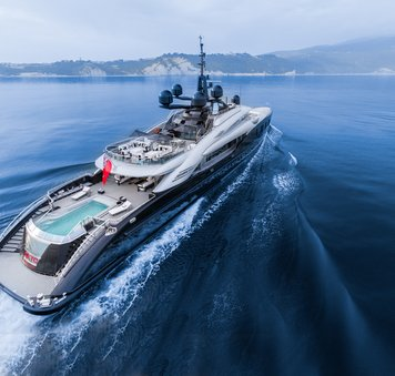 Charter yacht OKTO participates in fundraising challenge for charity