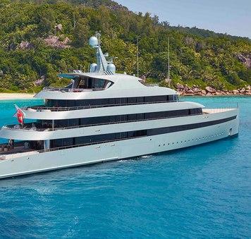 SAVANNAH: rare yacht charter availability for summer