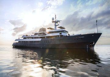 Aqua Blu yacht charter in Raja Ampat