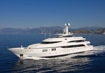Diamond yacht charter