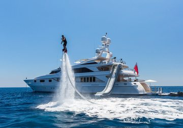 Air yacht charter in France
