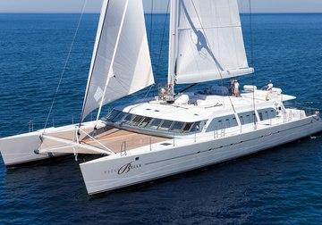 Bella Vita yacht charter