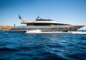 Pandion yacht charter in Naxos