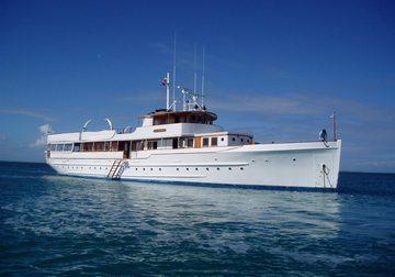 Mariner III yacht charter in Miami