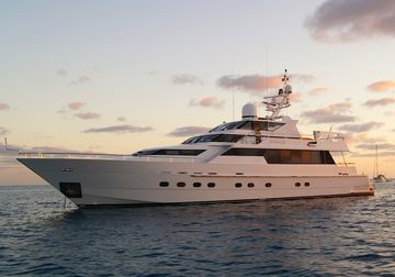 Oscar II  yacht charter in Whitsundays