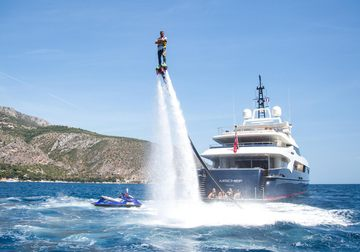 Mischief yacht charter in France