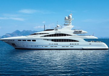 Lady Dee yacht charter in Naxos